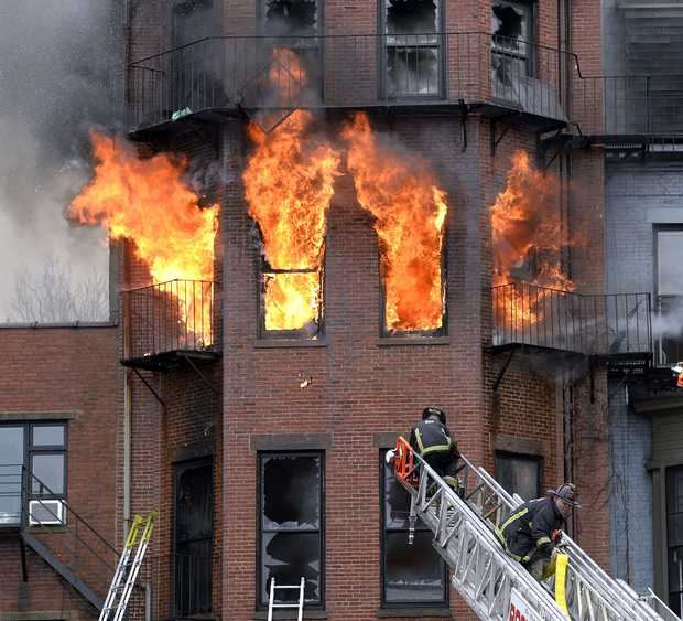 Boston_Brownstone_fire_032714
